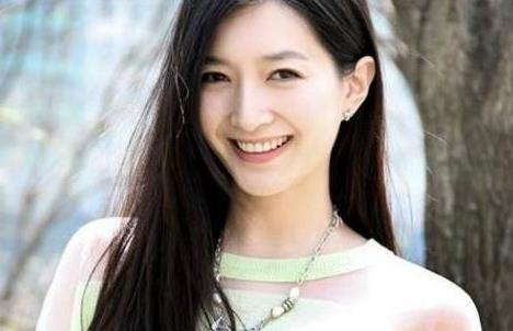 江疏影曾被-app刷榜平台-质疑演技,负面评论迫使她卸载APP,今逆袭成自信女神